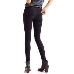 BDG hi rise twig ankle size 28 jeans
